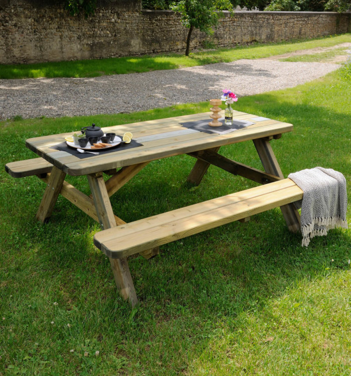 0100492 table de pique nique robuste jardipolys ambiance